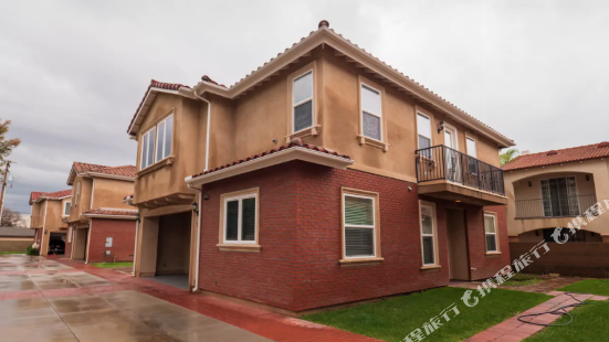 HUGE 3bd in convenient location, private garage and balcony