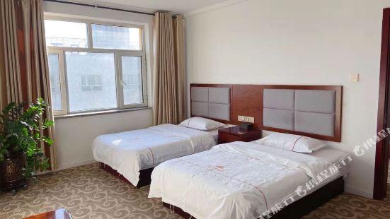 青之雲假日酒店