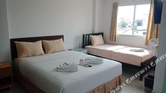 班帕克山姆阿農公寓式酒店