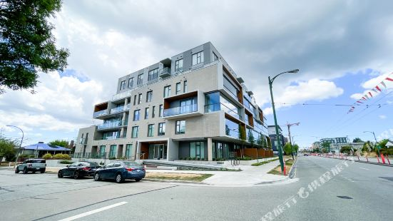 New Apartment with Working space@oakridge
