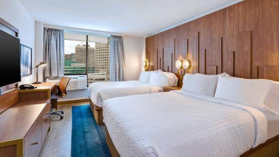 底特律市中心智選假日套房,洲際酒店