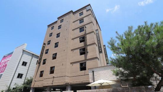 春川松樹飯店
