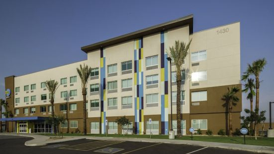 Tru by Hilton Goodyear Phoenix West