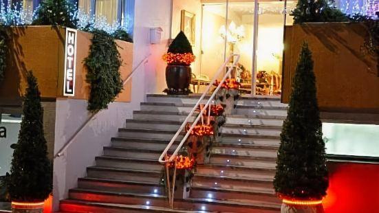 亞德里亞提卡酒店