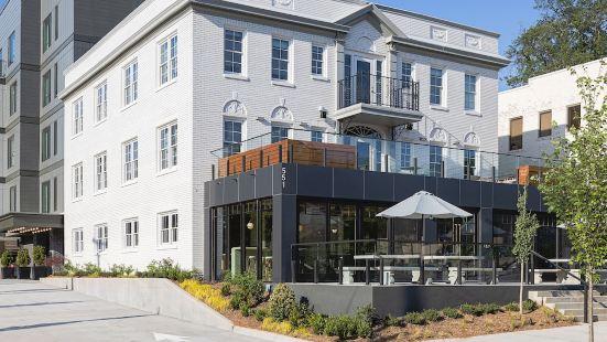 Wylie Hotel