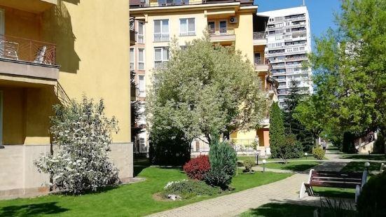 博羅沃酒店公寓