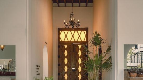 Hotel Baja Club