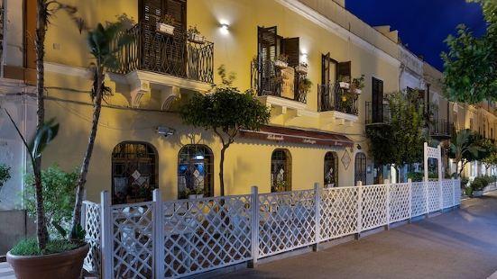 卡薩曼澤拉酒店