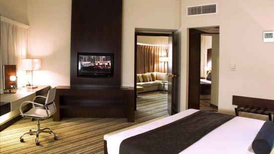 Aravi Hotel LLC
