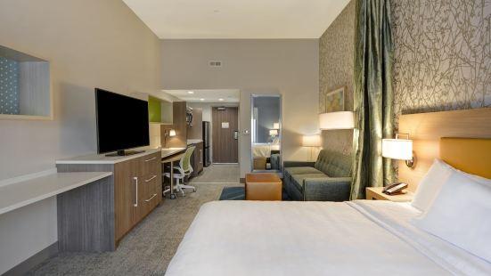 Home2 Suites Springdale Cincinnati, OH