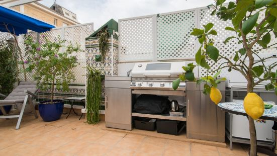 Sitges Townhouse with Rooftop Terrace