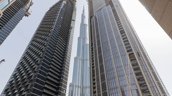 Lux BnB 3BDR Burj Khalifa & Pool Views