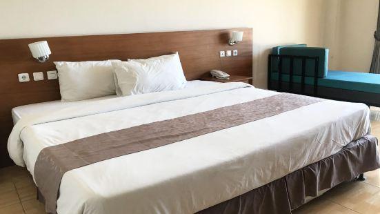 OYO 3950 The Ratna Hotel