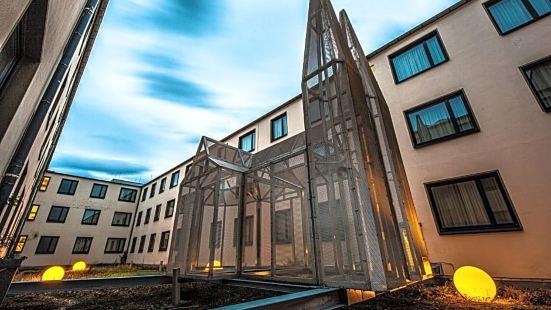 莫蒂奈科隆大教堂 - 美憬閣酒店