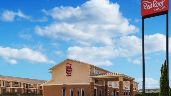 登頓紅屋頂套房酒店