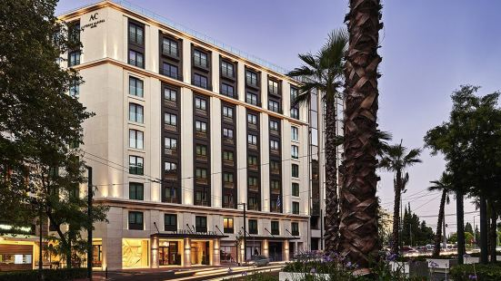 雅典首都中心酒店 - 美憬閣酒店