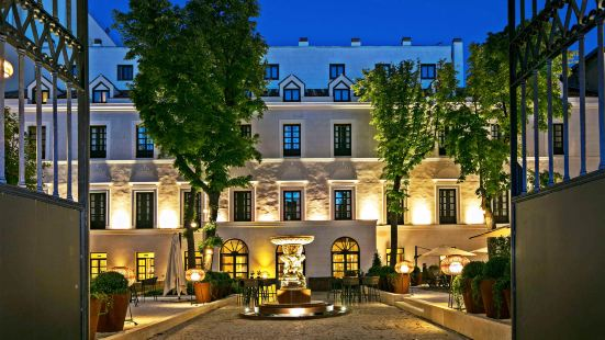 馬德里公爵府盛美利亞酒店