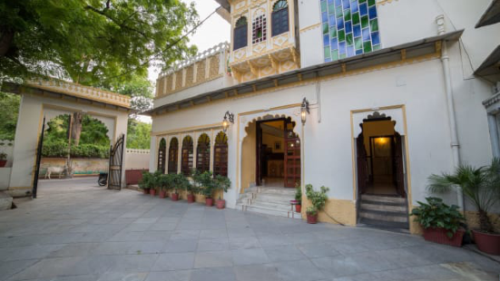 摩哂陀普拉喀什酒店