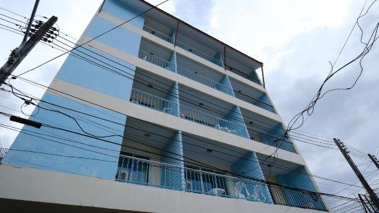 KIWI Boutique Hotel