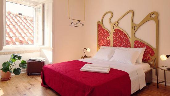 Lisbon Calling Rooms & Studio