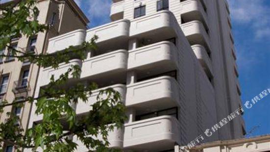 女王大街奎斯特服務公寓