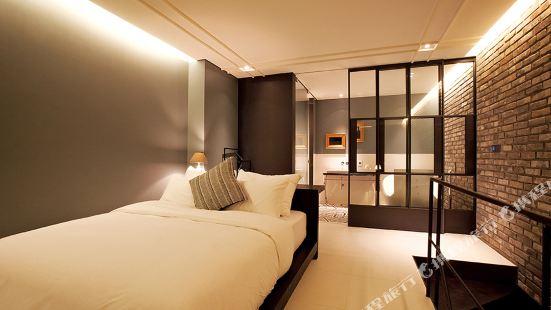 李設計飯店