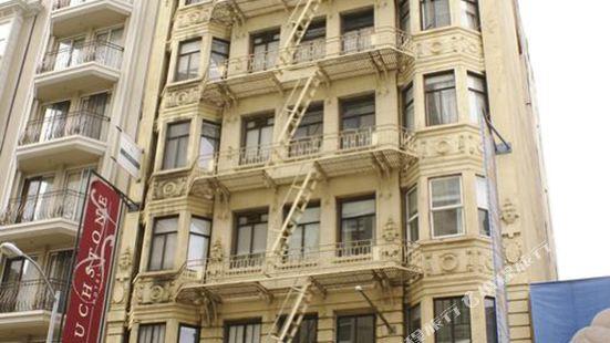 市中心試金石酒店