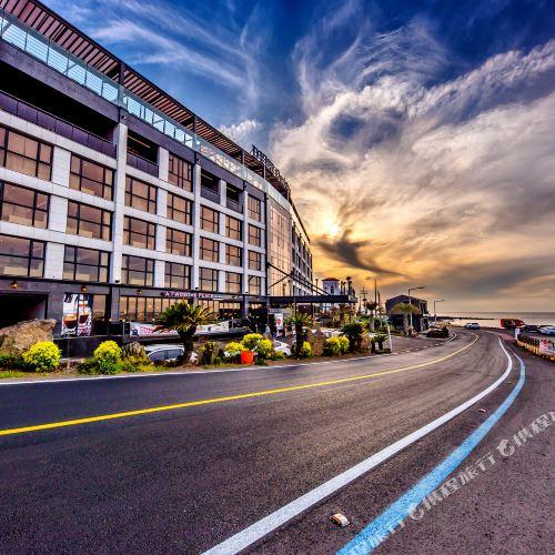 Dyne Ocenano Hotel