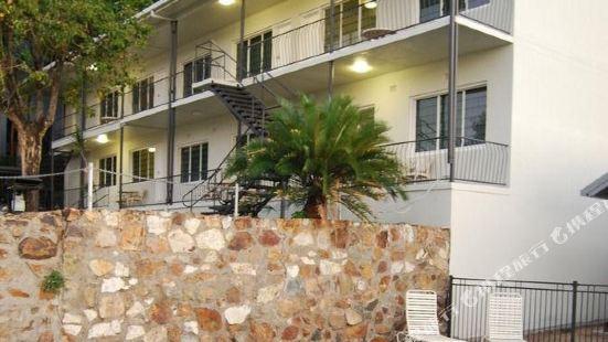 艾利灘公寓式酒店