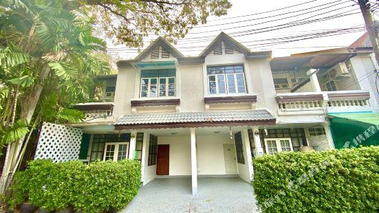 Chiangmai 6 room villa
