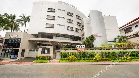 OYO 190 Anglo Residences