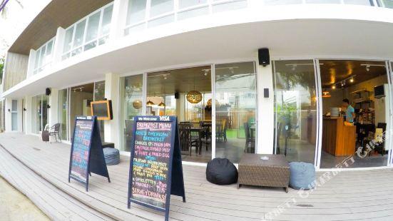 Seabird International Resort