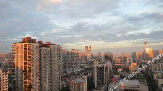 Chengdu Shuya Light Luxury Hotel