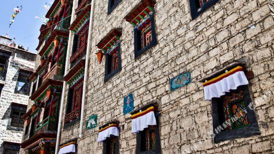 拉薩香巴拉宮酒店