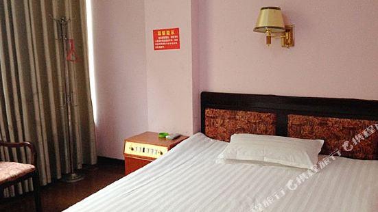 平江富麗華賓館