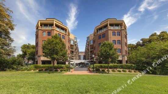 Amora Hotel Riverwalk Melbourne
