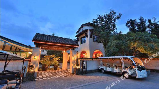 武隆隆鑫琥珀酒店
