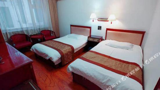 Longtie Hotel