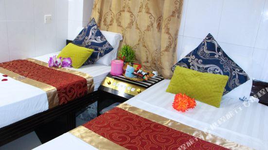 Kamal Deluxe Hotel
