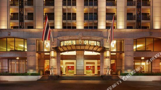 โรงแรม เดอะ เดวิส กรุงเทพ