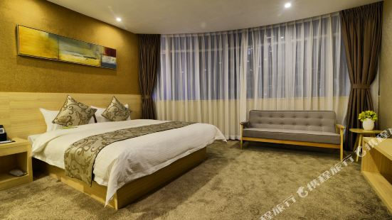 Junying Sanbu Hotel