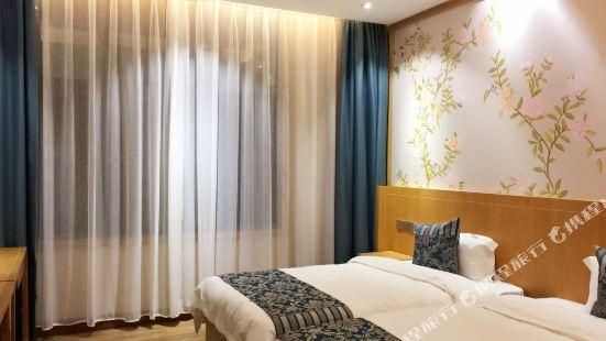平塘璞陶藝術酒店