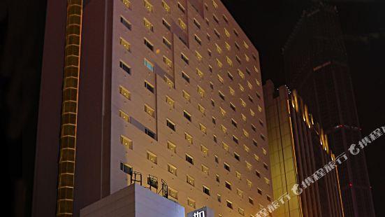 如家商旅酒店(大連火車站友好廣場地鐵站店)