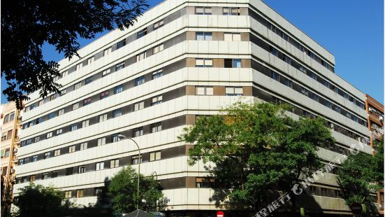 戈雅75號公寓