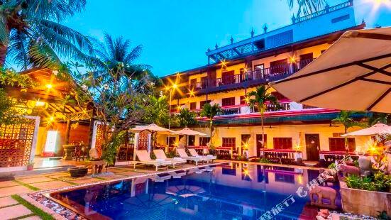 BayStone Resort