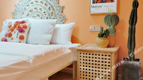 One Night Design Guesthouse