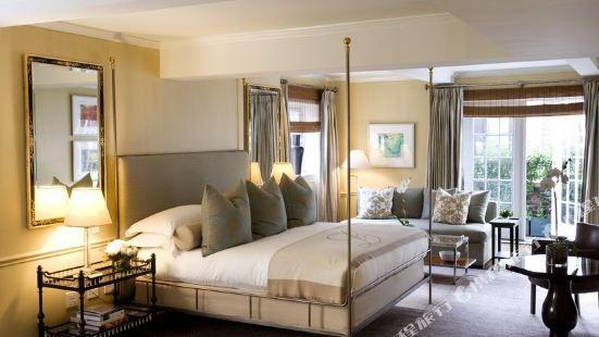 洛厄爾酒店
