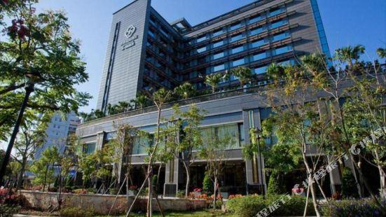 S-aura Hotel