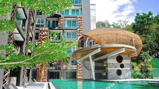 Emerald Terrace Resort by Sead
