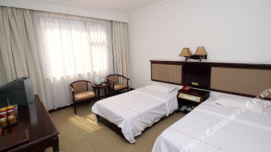 Guilin Dahua Hotel (Guilin Central Square Store)